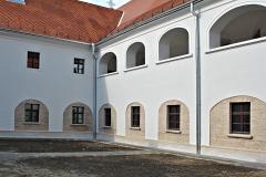 Franjevački Samostan Bač